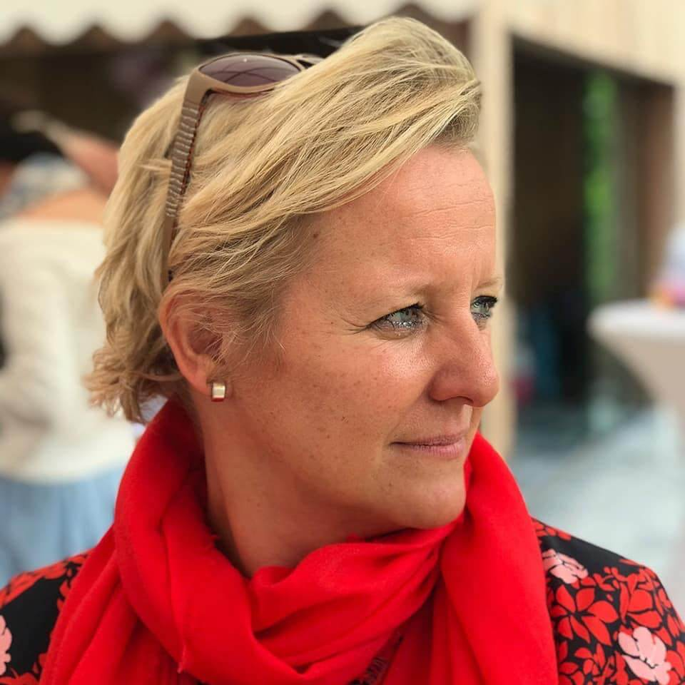 Contact Ilse De Cuyper